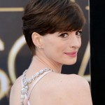 2014-Anne-Hathaways-Short-Hairstyles-Short-and-Brown-with-Huge-Side-swept-Fringe