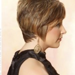 feathered-pixie-light-brunette-highlighted-cut-side-view