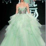 vestido-debutante-longo-modelo-saia-volumosa-verde-prata